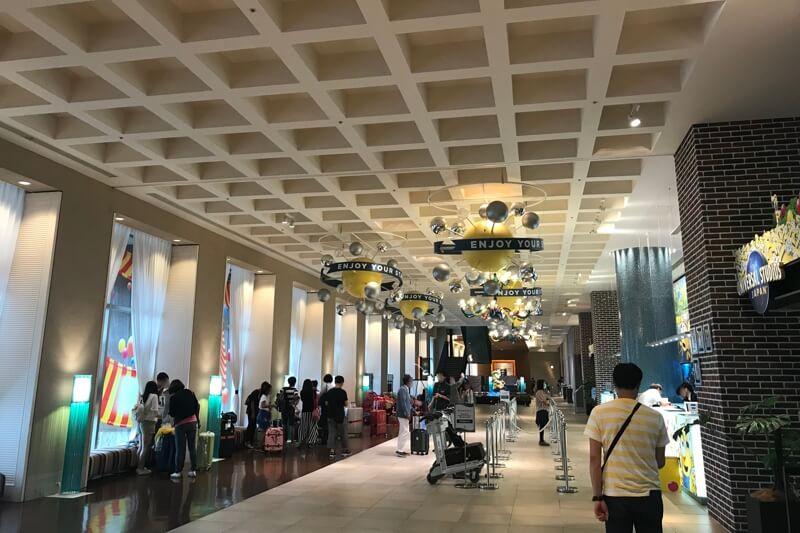ホテルユニバーサルポートのエントランスホール